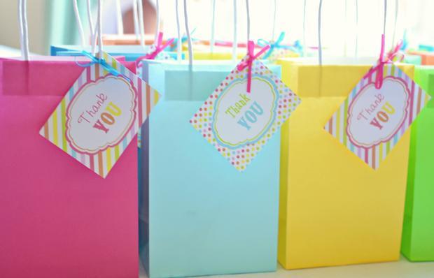 Подарок гостям от именинницы детский идеи