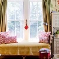 Оформление детской комнаты в стиле модерн – нетривиальное решение для родителей. Такой выбор могут сделать только истинные эстеты и знатоки искусства. Стиль непростой, с претензией. Он отлично подойдет для комнаты...