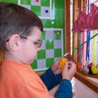 В этой статье речь пойдет об обустройстве детской комнаты для ребенка с плохим зрением. В отличии от жилого пространства для обычного малыша, в обустройстве детской незрячего ребенка много особенностей. Во-первых,...