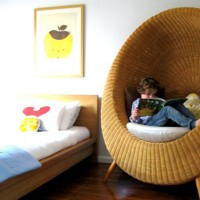 Родителей всегда волнует вопрос о том, как правильно обустроить детскую комнату для школьника, как правильно дополнить пространство развивающими и обучающими материалами, а также создать комфортную среду обитания для своего ребенка....