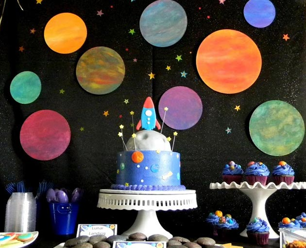 http://www.babyroomblog.ru/wp/wp-content/uploads/2014/10/dr-tema-kosmos1.jpg