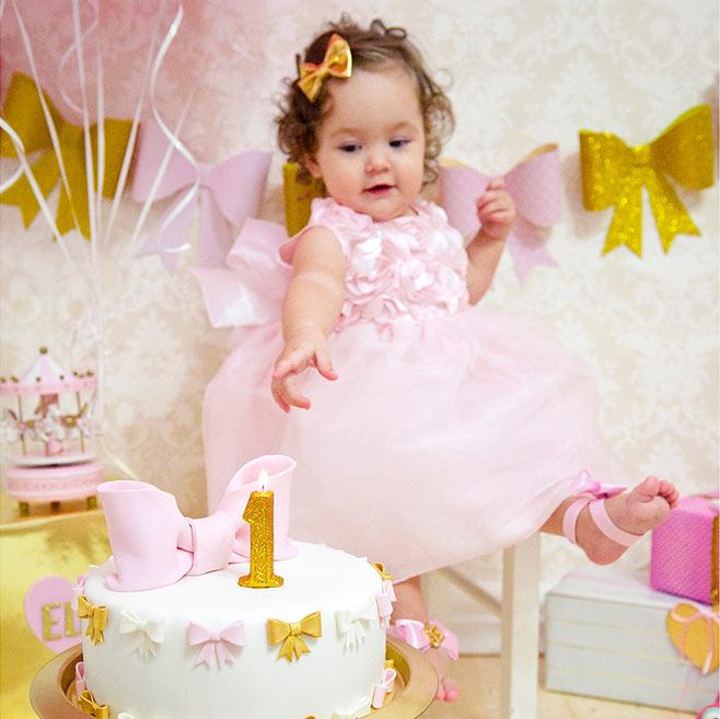 Розово-золотой 1-й день рождения Евы