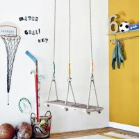 Занятия физкультурой – важный элемент здорового образа жизни ребенка, поэтому спортивный уголок в детской комнате это скорее необходимость, чем прихоть. Небольшое комфортное пространство со шведской лестницей и местом для разминки...