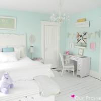 Нежно голубая детская – комната как будто бы из книжек про счастливое детство, идиллическую атмосферу которой совсем не сложно воплотить в реальность. В ней легко дышится, крепко спится, сказки –...