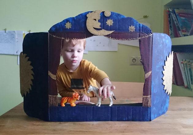 Кукольный театр из коробок своими руками