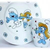 Я давно присматриваю новый симпатичный комплект детской посуды, но все, что попадается на глаза в магазинах, мне не нравится.Недавно совершенно случайно увидела замечательные работы мастера по ручной росписи фарфора Юлии...
