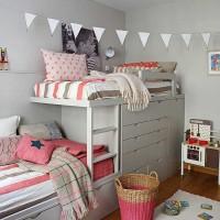 Согласитесь, что оформление детской комнаты небольших размеров для двух разнополых детей – случай довольно непростой. Здесь можно пойти двумя путями. Первый – это разграничить комнату на 2 половины, из которых...