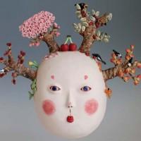 Medori Takaki, японская художница, чьи работы находятся в частных коллекциях и выставлены в крупнейших в мире музеях современного искусства. До сорока летMedori занималась социальной антропологией, пока однажды за компанию с...